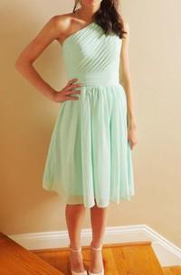 Short One-shoulder Chiffon Dress With Pleats&Zipper