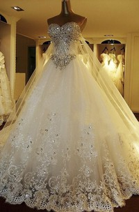 Watteau Train Luxury Strapless Sweetheart Wedding Ball Gown With Beading And Lace Appliques