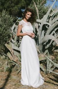 Graceful Jewel Neck Short Sleeve Wedding Dress