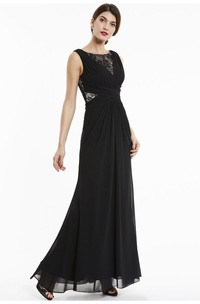 Sleeveless Bateau Elegant A-line Chiffon Gown With Lace Appliqued Top