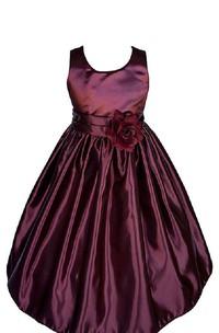 Sleeveless A-line Taffeta Dress With Pleats and Flower