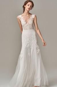 Elegant Lace Tulle V-neck Sheath Sleeveless Wedding Dress with Appliques and Deep-V Back