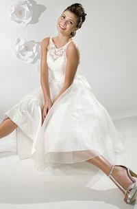 A-Line Sleeveless Tea-Length Scoop-Neck Satin Wedding Dress With Illusion
