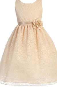 Sleeveless Scoop-neck A-line Lace Dress With Flower