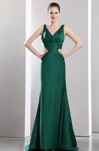 Flaterring Plunged Satin Dress With Sweep Train