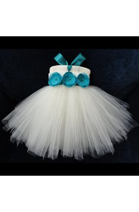 Sleeveless Pleated Tulle Ball Gown With Flower Waist