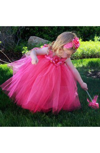Sleeveless Pleated Long Tulle Dress With Flower