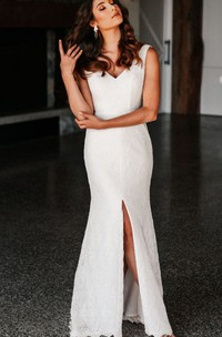 Modern Lace V-neck Mermaid Floor-length Low-V Back Wedding Dress with Split Front