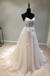 Sexy Garden Style Tulle Spaghetti Sleeveless Corset Back Wedding Dress with Appliques